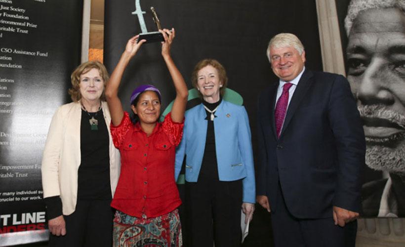 Ese premio representa la lucha por la justicia y la igualdad.