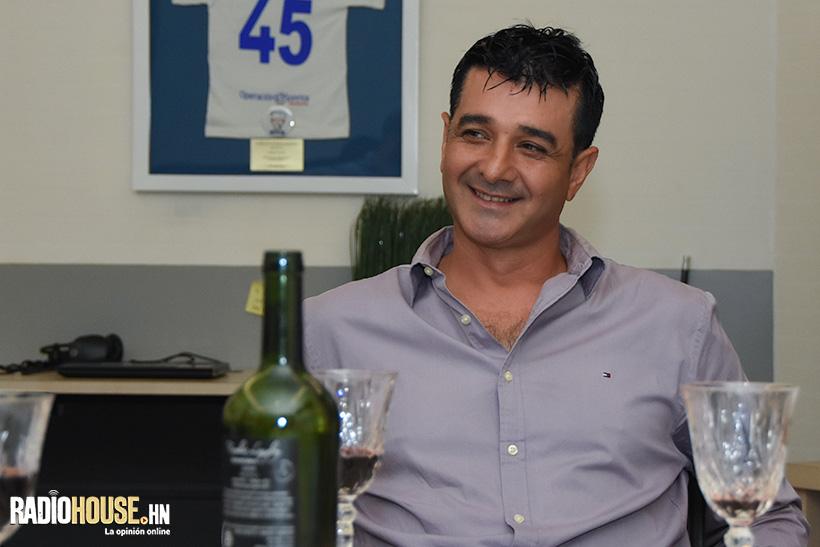 En la tercera parte de la entrevista (Que sale mañana), Diego nos habla sobre su vida.