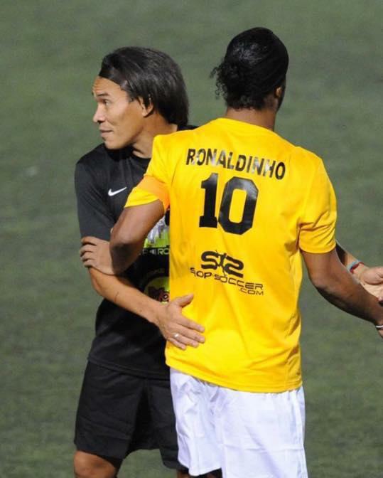 Rambo_Leon_Ronaldinho_Tiempo